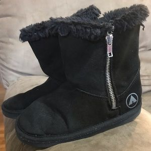 Airwalk furry girls boots